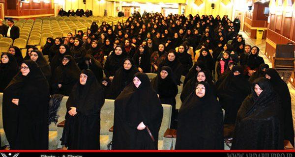 کمک ۴۰۰میلیون تومانی بانوان خیر استان اردبیل برای آزادی زندانیان جرایم غیر عمد ومالی